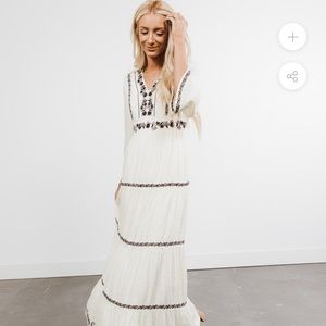 Embroidered Maxi Dress. Size L. Stevie Hender